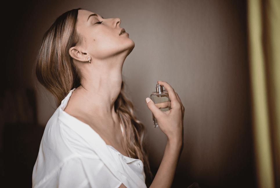 Delina Perfume Review